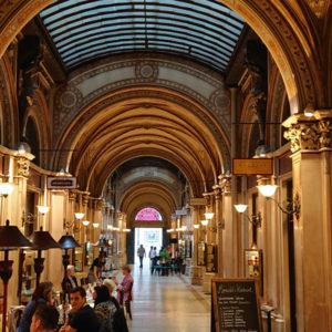 Spaziergang durch die Wiener Innenstadt - Palais Ferstl Passage - www.wien-erleben.com