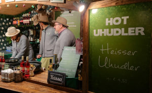 Weihnachtsmarkt am Hof - Stand mit Hot Uhudler - www.wien-erleben.com