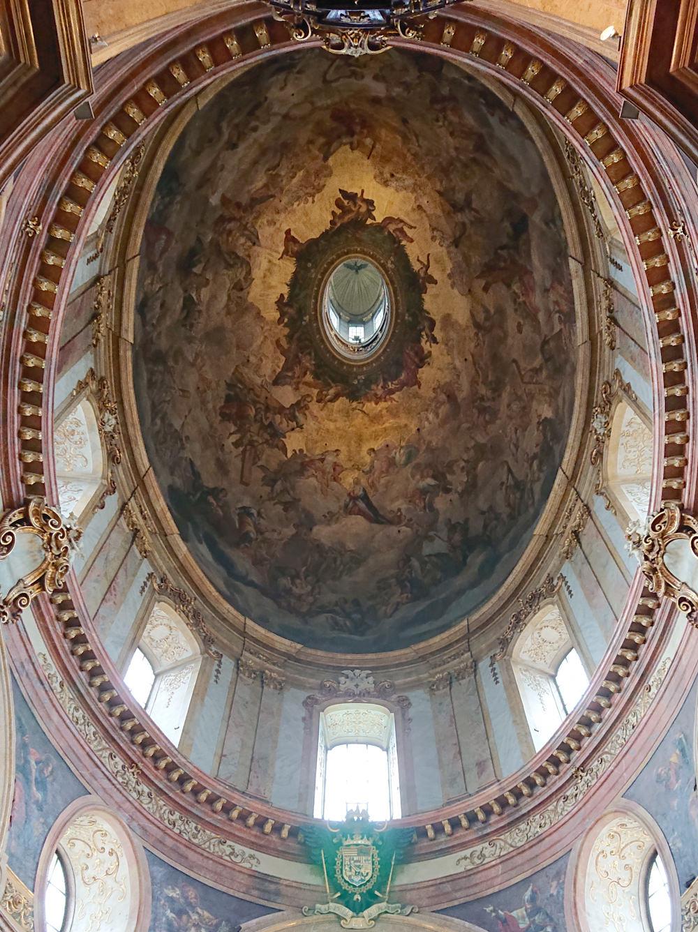 Kuppelder Barockkirche St. Peter in Wien - www.wien-erleben.com