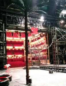Burgtheater Wien - Blick von der Bühne in den Zuschauerraum - www.wien-erleben.com