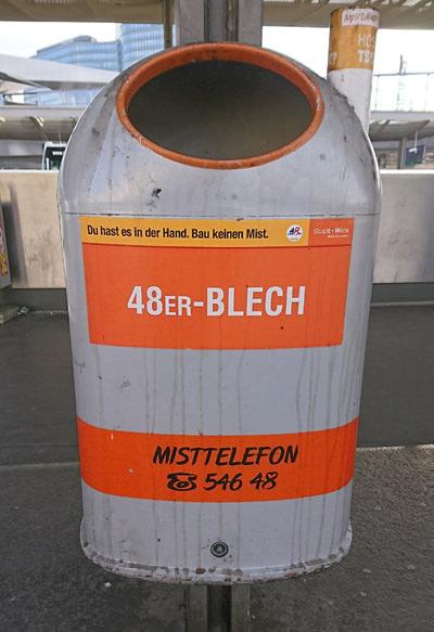 Mistkübel in Wien - 48er-Blech - www.wien-erleben.com