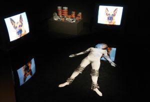 Albertina Modern - Installation im Dunkeln - www.wien-erleben.com