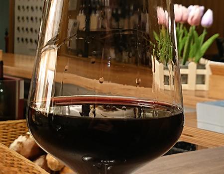 Beitrag W-Einkehr Vinothek - Rotwein Tomaro Cuvee du Patron- www.wien-erleben.com