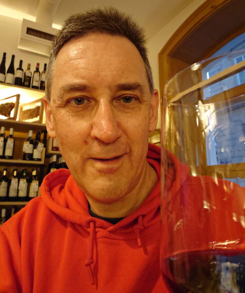 W-Einkehr Vinothek - Ich lasse mir ein gutes Glas Wein schmecken - www.wien-erleben.com